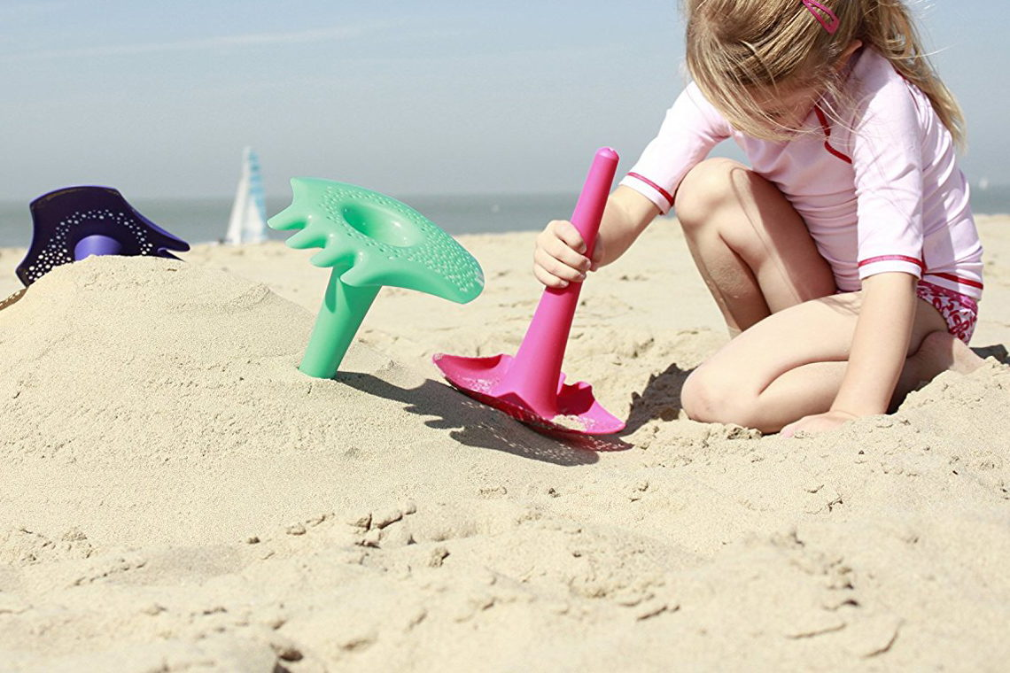 Best Beach Toys for Summer 2020